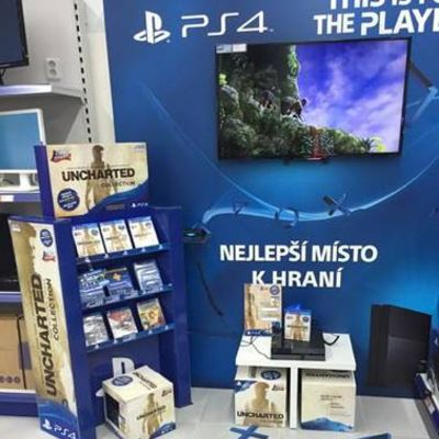 Sony Playstation Visual merchandising